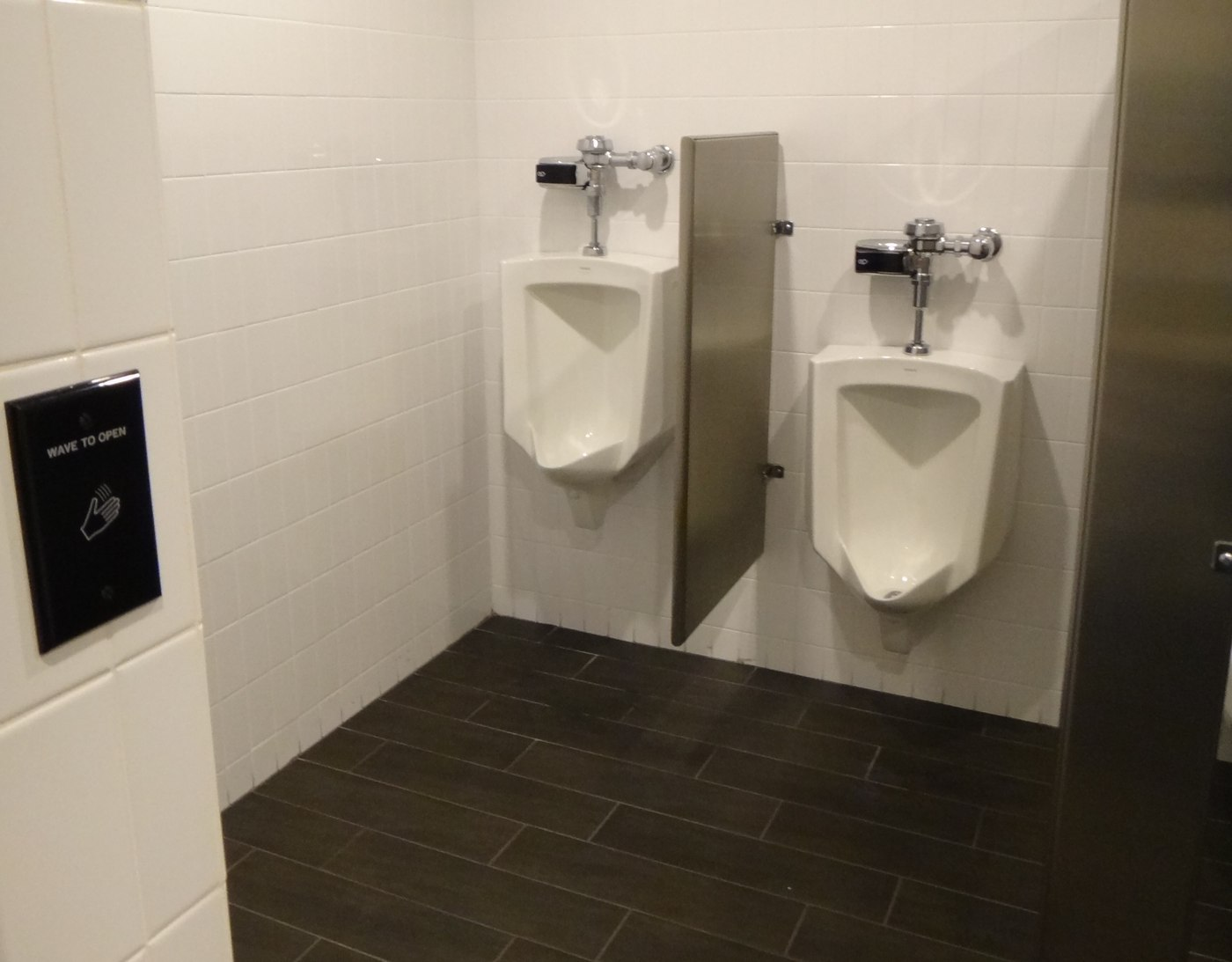 ct-commercial-bathrooms